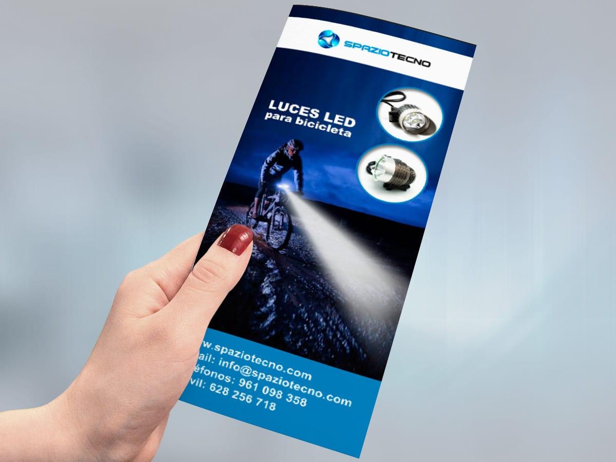 Diseño de flyers de productos electrónicos